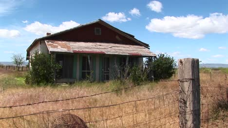 Mediumshot-Of-An-Old-Texas-Ranch-House-1
