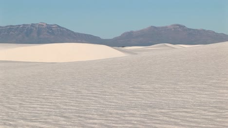 Longshot-Of-Distant-Mountains-And-Sand-Dues-At-White-Sands-National-Monument-In-New-Mexico
