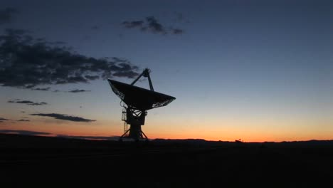 Panright-Of-An-Array-At-The-National-Radio-Astronomy-Observatory-In-New-Mexico