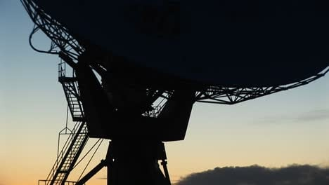 Closeup-Of-The-Base-Of-A-Satellite-Dish-In-The-Array-At-The-National-Radio-Astronomy-Observatory-New-Mexico