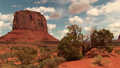Longshot-Of-A-Sandstone-Formation-At-Monument-Valley-Tribal-Park-In-Arizona-And-Utah