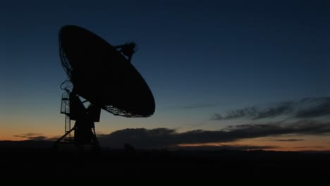 Medium-Shot-Of-The-National-Radio-Astronomy-Observatory-In-New-Mexico