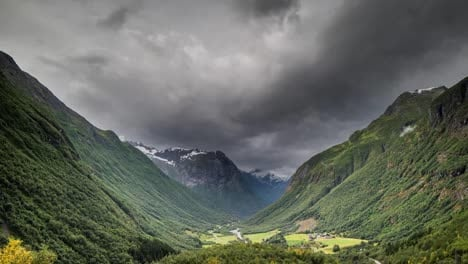 Norway-Moody-Valley-4K-00