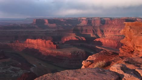 Wide-Shot-Vista-Over-The-Colorado-River-And-Its-Side-Canyons-From-Dead-Horse-Point-State-Park-Utah