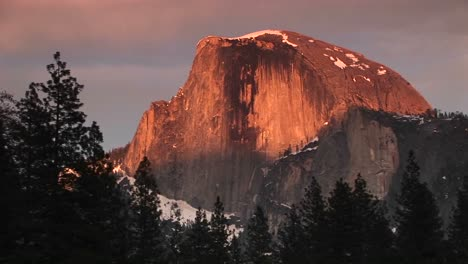 Medium-Closeup-Of-Yosemite-S-Half-Dome-Brilliantly-Lit-By-The-Goldenhour-Sun
