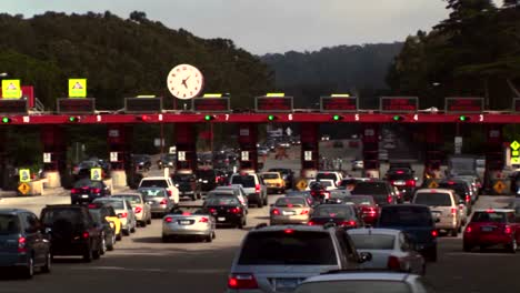 Timelapse-of-traffic-moving-through-a-tollbooth-1