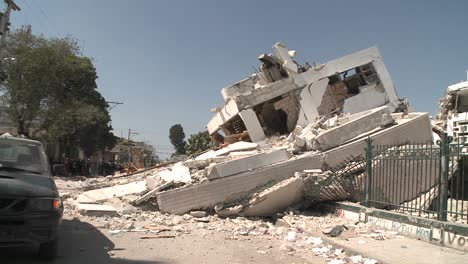 Pan-to-collapsed-buildings-following-the-Haiti-earthquake