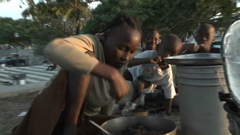 Refugees-on-the-streets-following-the-Haiti-earthquake-1