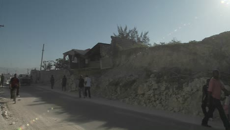 Rubble-lines-the-streets-following-the-earthquake-in-haiti