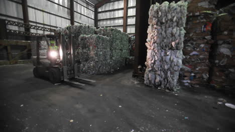 Aluminum-cans-are-recycled-at-a-center-1