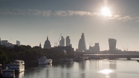 Gherkin-Morning-4K-05