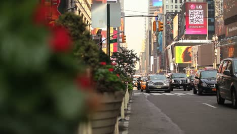 Pan-right-to-a-view-of-traffic-passing-on-a-busy-street-in-New-York-City