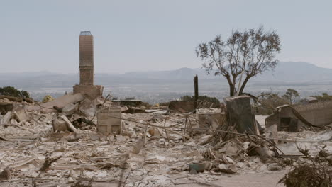 The-charred-remains-of-a-home-following-the-Thomas-fire-in-Ventura-County-California