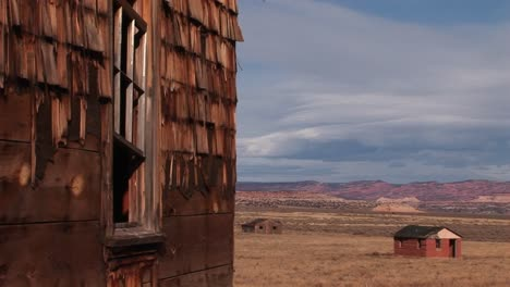 Medium-shot-of-an-old-abandoned-homestead-a-lonely-prairie-2