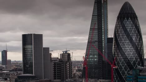 London-Moody-Skyline-4K-00