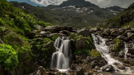 Swiss-Waterfall-4K-01