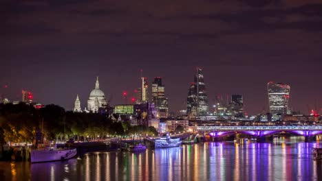 Waterloo-Bridge-Gherkin-Night-4K-01