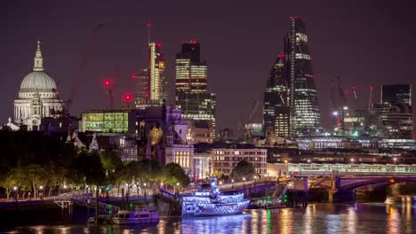 Waterloo-Bridge-Gherkin-Night-4K-02