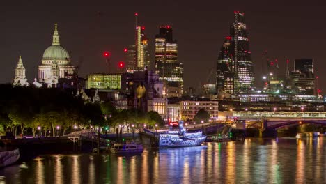 Waterloo-Bridge-Night-4K-01