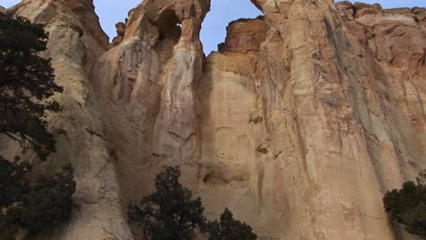 Panup-from-a-hiker-to-an-enormous-stone-arch-in-Southern-Utah