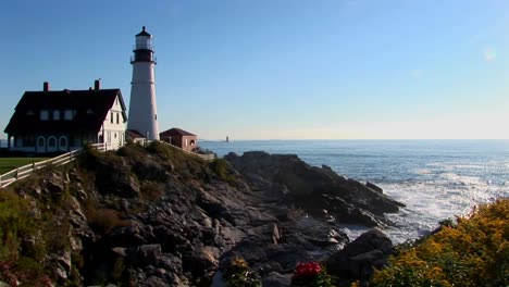 The-Portland-Head-Lighthouse-oversees-the-ocean-from-rocks-in-Maine-New-England-3