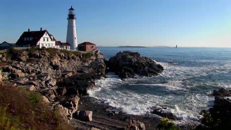 The-Portland-Head-Lighthouse-oversees-the-ocean-from-rocks-in-Maine-New-England-7
