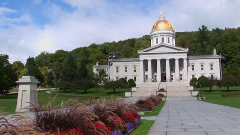 A-stone-walkway-leads-to-the-gold-domed-capital-building-in-Montpelier-Vermont
