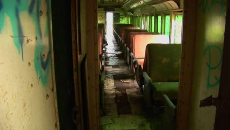 Passenger-seats-in-an-abandoned-railcar-2