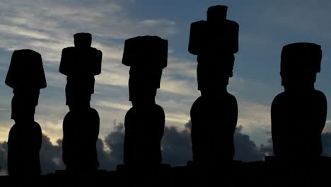 Clouds-move-behind-Easter-Island-statues