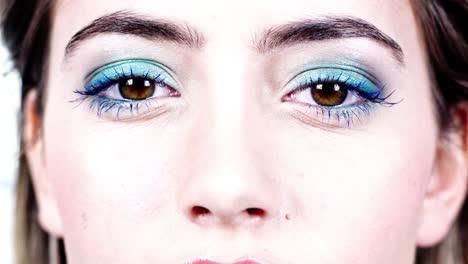Woman-Eye-07