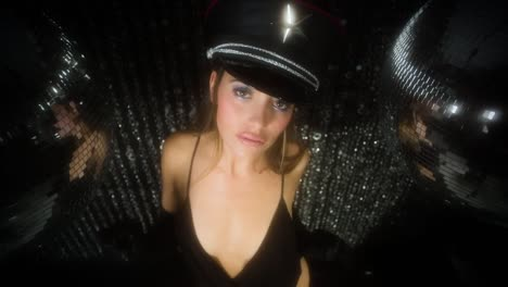 Barbie-Discoball-07