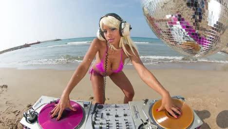 Beach-DJ-30