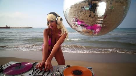 Beach-DJ-TL-17