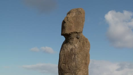 Time-lapse-of-a-mystical-statue-on-Easter-Island