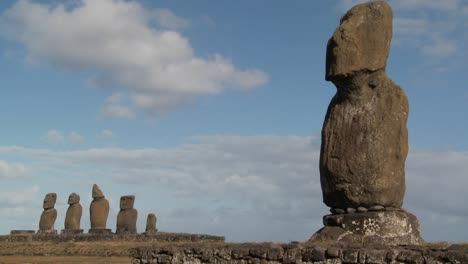Time-lapse-of-the-mystical-statues-of-Easter-Island-1