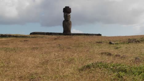 Wind-blows-across-the-grass-in-this-lonely-Easter-Island-scene