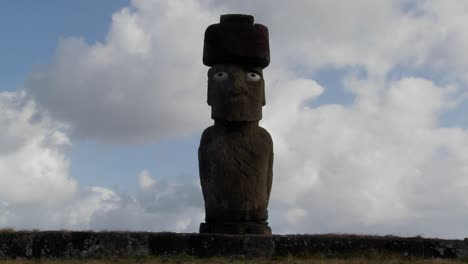 Time-lapse-of-the-mystical-statues-of-Easter-Island-2