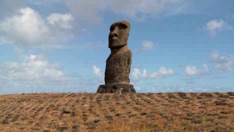 Time-lapse-of-the-mystical-statues-of-Easter-Island-4