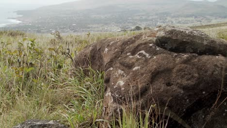Mysterious-stone-carvings-adorn-a-lookout-spot-for-birdmen-on-Easter-Island-1