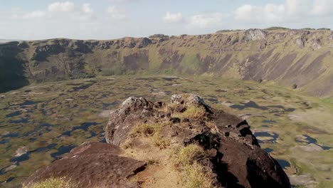Time-lapse-across-a-volcanic-cone-crater-on-Easter-Island-1