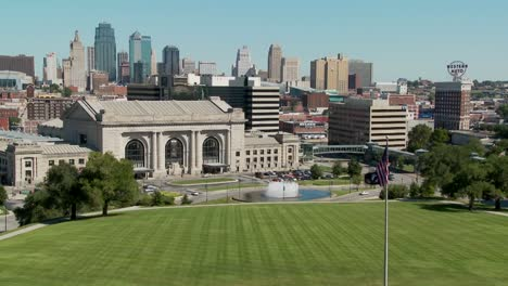 A-daytime-view-of-the-Kansas-City-Missouri-skyline-including-Union-Station-in-foreground-1