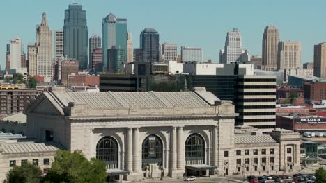 A-daytime-view-of-the-Kansas-City-Missouri-skyline-including-Union-Station-in-foreground-2