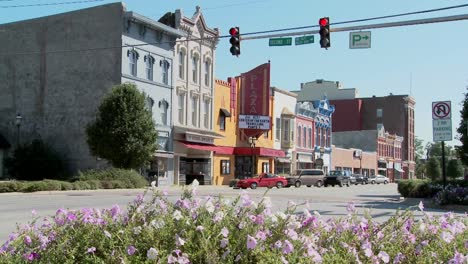 A-park-bench-and-Main-Street-in-the-all-American-town-of-Ottawa-Kansas-3