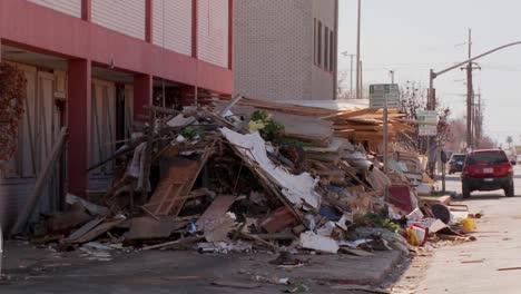 Müll-Wird-Nach-Den-Verwüstungen-Des-Hurrikans-Ike-In-Galveston-Texas-Angehäuft