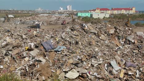 Junk-is-piled-up-in-the-wake-of-the-devastation-of-Hurricane-Ike-in-Galveston-Texas-7