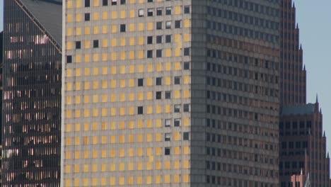 El-Horizonte-De-Houston-Texas-Rascacielos-Muestra-Algunos-Daños-De-Huricane-Ike-1