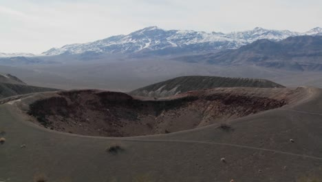 An-amazing-volcanic-crater-in-Death-Valley-National-Park