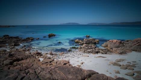 Galicia-Stone-Beach-09