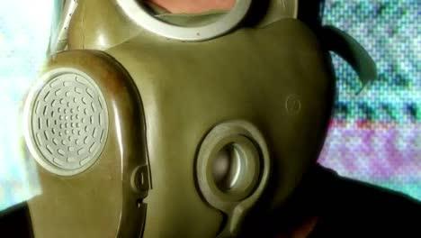 Gas-Mask-10