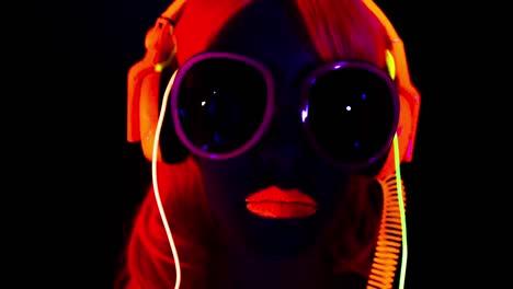 Glow-Woman-44
